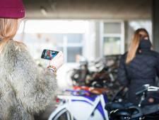 'Jongeren aanspreken op risico's naaktfoto's'