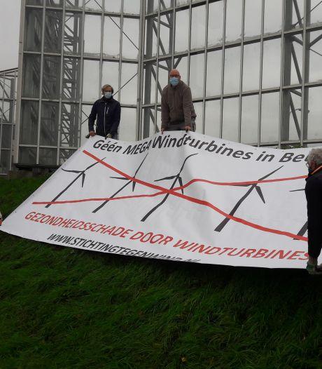 Wat vinden omwonenden van plan voor vijf turbines langs A73? Stichting Tegenwind stuurt vragenlijst