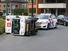 Picnic-tuktuk doorstaat de elandproef niet op verkeersplein in Soest