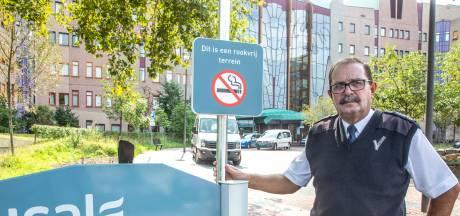 Dit overkwam Joop allemaal als beveiliger in ziekenhuis Zwolle: 'Dat beeld van dat meisje in de heli... bah'