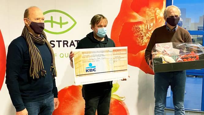 Coöperatie Hoogstraten en tuinbouwers schenken 2.775 euro aan Stichting De Kleine Strijders