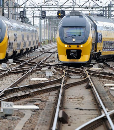 NS brengt overtollige dieseltreinen naar havengebied