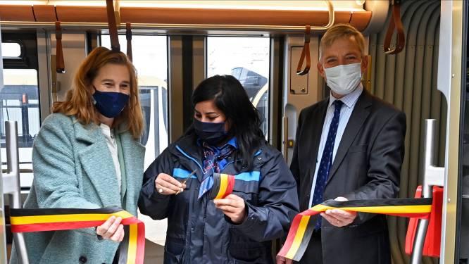 Jetez un œil au tram nouvelle génération de la STIB
