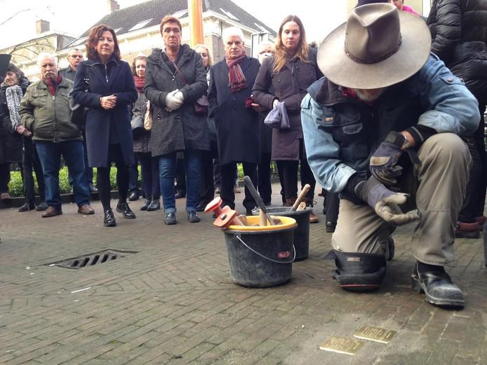 Struikelstenen gelegd in Tilburg
