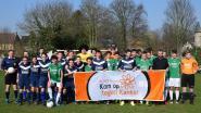 Leerlingen en leerkrachten SMC voetballen tegen kanker