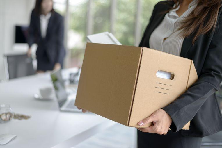 Door de coronacrisis zullen bedrijven nog mensen moeten ontslaan, meent Acerta. Beeld Shutterstock