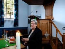 Roelia (88) begon als achtjarige met helpen in de kerk en stopte er nooit meer mee: 'Het is mijn tweede thuis'