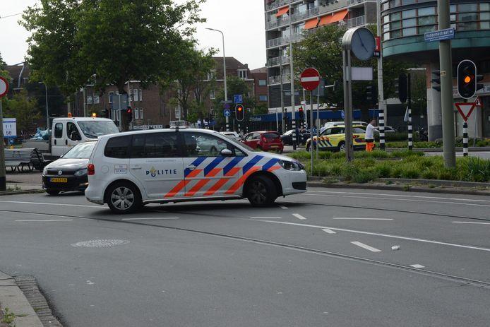 Rondom het Hobbemaplein is veel politie aanwezig.