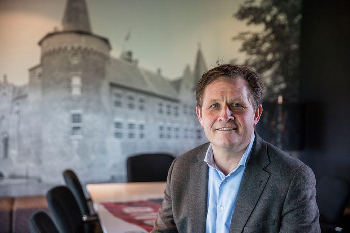 Marcel van den Bunder bij zijn aanstelling als algemeen directeur van Helmond Sport