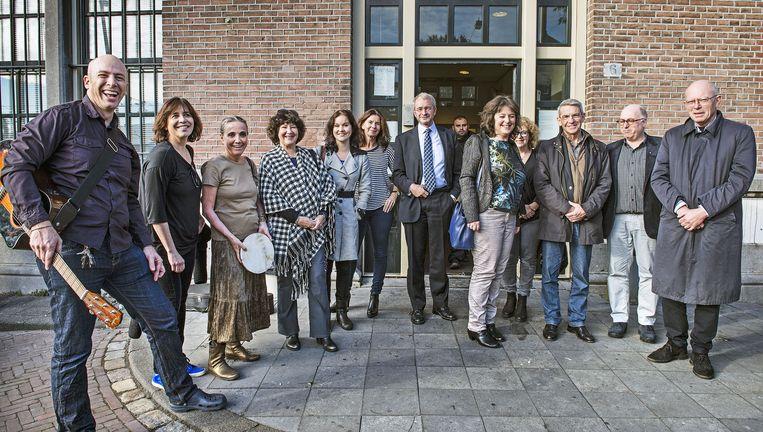 Leden van de Liberaal Joodse Gemeente komen in Amsterdam kennismaken met Syrische vluchtelingen (die wilden niet op de foto). Beeld