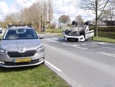 Man gewond na botsing in Monster, bestuurder rijdt door