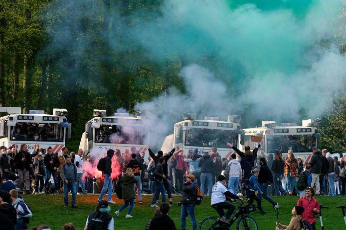 Net als bij de eerste editie liep het 'feest' ook zaterdag helemaal uit de hand in het Ter Kamerenbos.