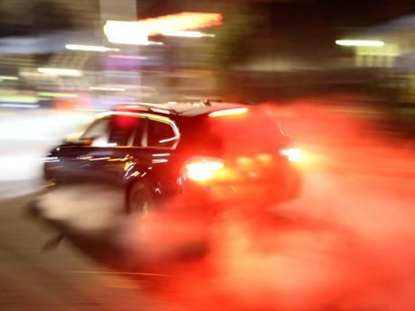 Kamikazeactie tijdens vlucht voor politie: met 100 kilometer tegen verkeer in op Maasboulevard
