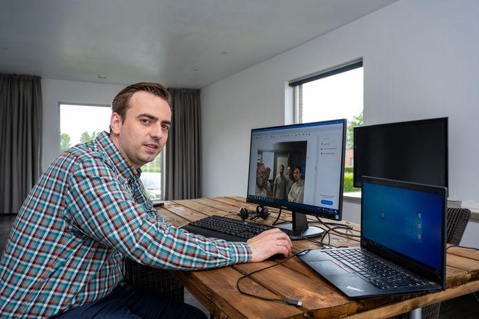 Tim De Schryver in het nieuwe kantoor van YouPower in Huivelde.