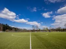 Betaald voetbal ligt vanwege corona stil tot 1 juni