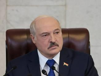 """Loekasjenko zegt dat Wit-Rusland """"legaal"""" heeft gehandeld door vliegtuig met kritische journalist aan boord af te leiden"""