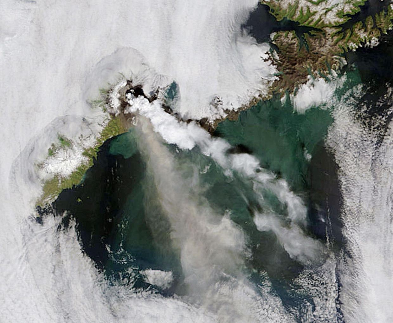 De Okmok-vulkaan in Alaska. Beeld AFP