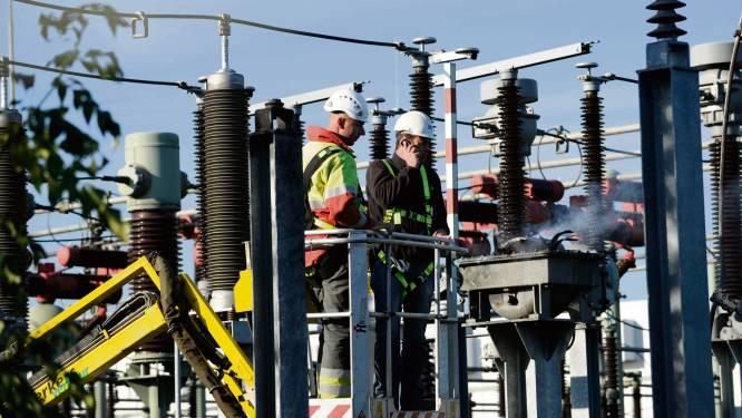 Elektriciteitsnetwerk Waalwijk 'vol'. Kleinverbruikers kunnen stroom via zonnepanelen wel blijven terugleveren