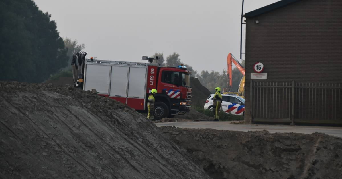 Traumahelikopter naar ongeluk in steenfabriek Aalst, slachtoffer zwaargewond.