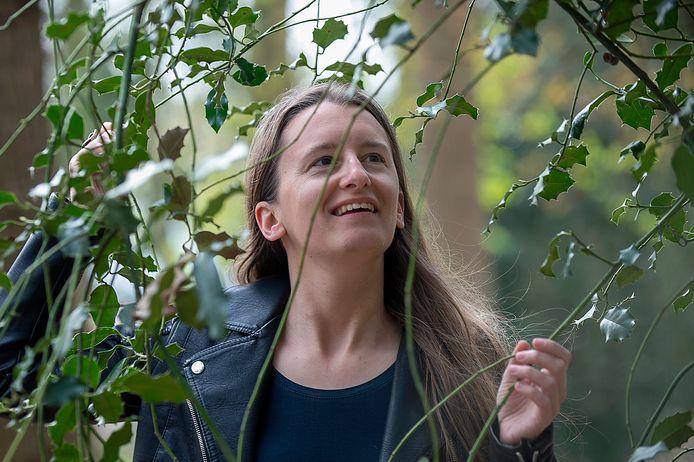 BERGEN OP ZOOM Pix4Profs / Marina Popova.  Ankie Withagen voor GroenBewust. Zij zet zich in voor bomen en wil Bergen op Zoom vergroenen.