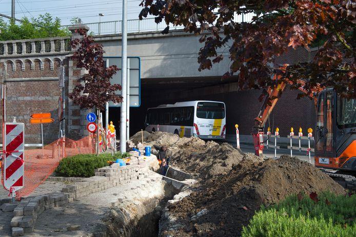 De voorbereidende werken voor de heraanleg van de Nekkerspoelstraat zijn al gestart.