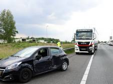 Verkeer staat muurvast op A28 tussen Zwolle en Meppel na aanrijding: forse file
