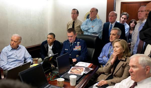 Obama's hoffotograaf plaagt Trump
