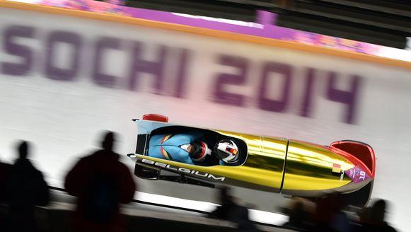 Elfje Willemsen en Hanna Marien in actie met bobslee 'Spanky' tijdens de Olympische Winterspelen in Sotsji