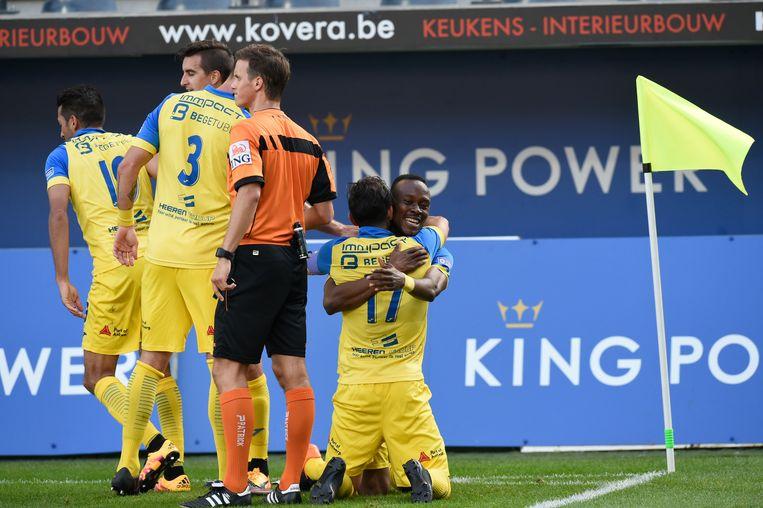 De Ratten aan het feest na de 0-1 van Placca. Beeld belga