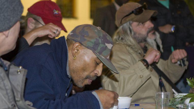 Tijdens het jaarlijkse diner voor daklozen zijn jassen gestolen. Archieffoto ANP Beeld