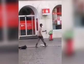 """Duitse minister: """"Aanwijzingen dat dader mesaanval Würzburg een 'islamitisch motief' had"""""""