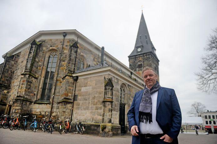 Erwin Versteeg wil opheldering over uitspraken van wethouder Niels van den Berg over de mogelijke bouw van een nieuw sportpark voor Victoria'28, FC Aramea en Suryoye/Mediterraneo.