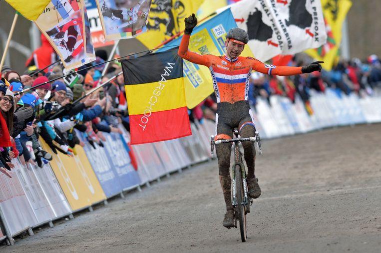 'Thieu' bleef ijzig kalm en reed foutloos naar het eerste Nederlandse WK-goud sinds Lars Boom 2008 Beeld BELGA