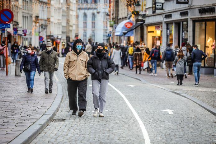 Verdwijnt straks de mondmaskerplicht in het centrum van Brugge?