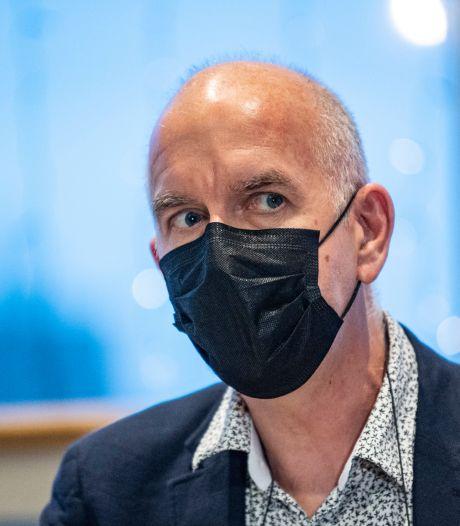 """Molenberghs plaide pour le port du masque dans les écoles primaires : """"Nous devons résoudre le problème là où il se pose"""""""