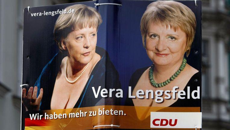 De decolleté-foto van Merkel is in 2008 genomen bij de opening van de opera in de Noorse hoofdstad Oslo en baarde destijds veel opzien. Foto GPD Beeld