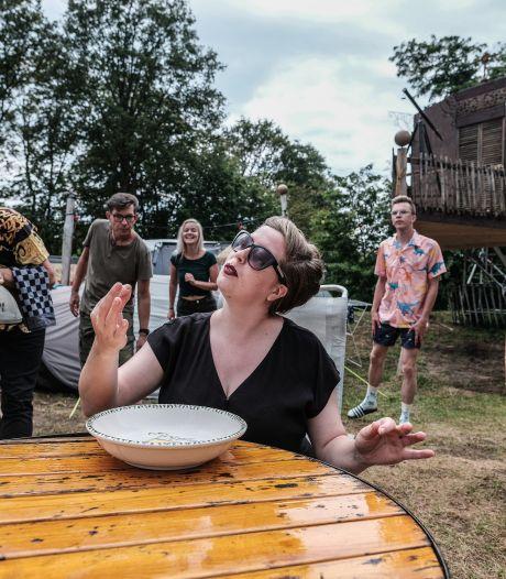 Vrolijke voorstelling in pop-up theater Winterswijk