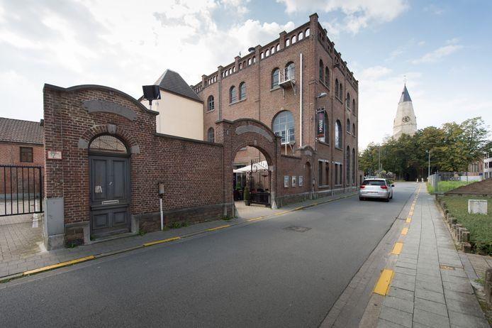 Het oude brouwerijgebouw van CC De Ster in de Torenstraat in Willebroek.
