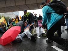 Protestblokkade Extinction Rebellion opgebroken door politie