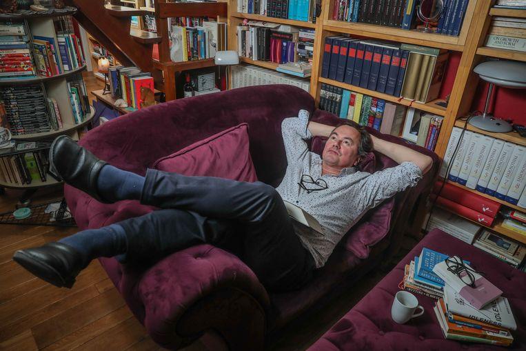 Filosoof Johan Braeckman trekt volle zalen met pleidooi voor luiheid