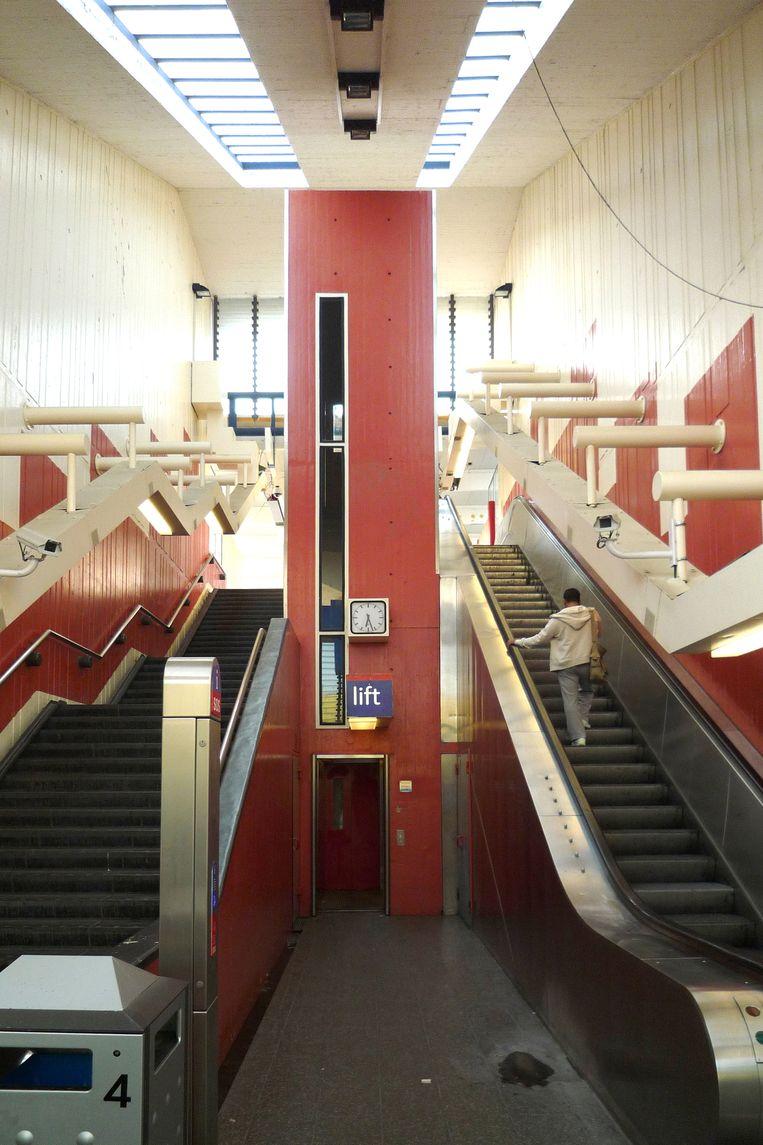 Metrostation Holendrecht in Amsterdam, voor de renovatie. Beeld Digidaan