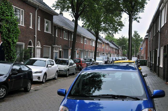 Gemiddeld heeft een Brabants huishouden een auto voor de deur staan.