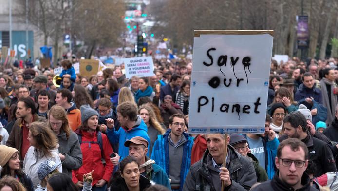 La marche pour le climat avait rassemblé plusieurs dizaines de milliers de personnes à Bruxelles le 2 décembre.