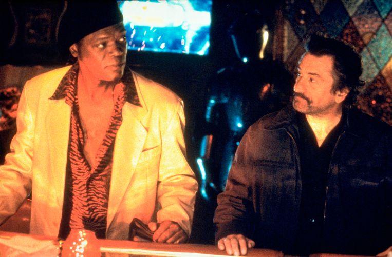 Samuel L. Jackson (links) en Robert de Niro in Jackie Brown. Beeld Kippa