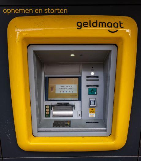 Binnenkort geldautomaat aan muur gemeentehuis Etten-Leur