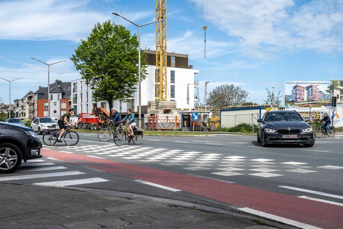 Het moet in de toekomst veiliger op het kruispunt van Veerstraat met Noordlaan en De Bruynlaan.