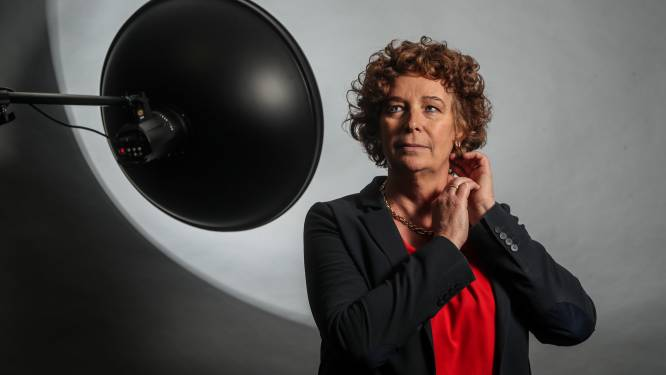 """De 16 vragen van De Wachter aan Petra De Sutter: """"Claire en ik maken bijna nooit ruzie. Behalve over politiek"""""""