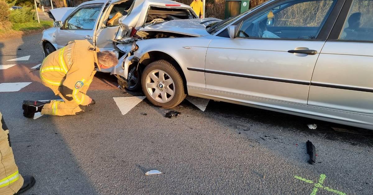 Drie auto's betrokken bij ongeval tussen Hengelo en Beckum.