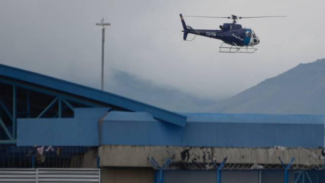 President Ecuador roept noodtoestand uit in gevangenissen na dodelijke rellen