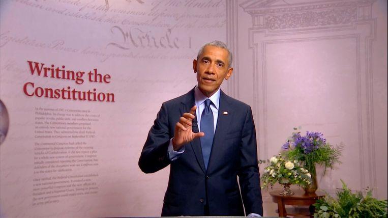 Voormalig president Barack Obama tijdens zijn toespraak op de conventie van de Democraten. Beeld Photo News